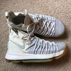 2017 Nike KD 9 Elite 'Ivory' Pale Grey/Sail-Gum